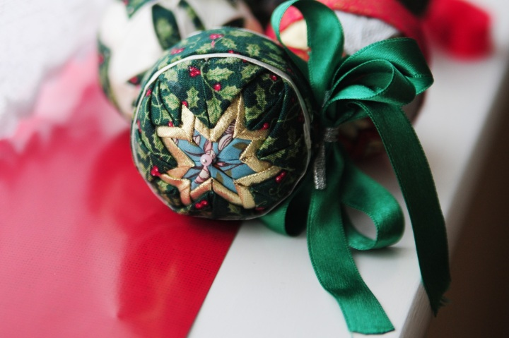 Quilted Christmas Ornament green
