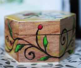 Hand-painted-jewellery-box-wood-gift-side