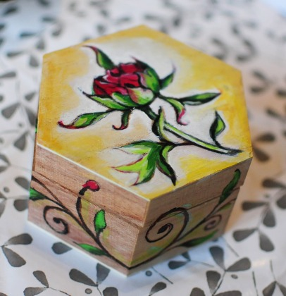 Hand-painted-jewellery-box-wood-tpeony-flower-yellow-beautiful