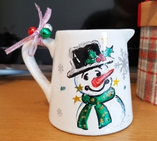Candle-for-xmas_unique-gift-hand-painted--personalized_snowmenChristmaslimited-editionSwindon