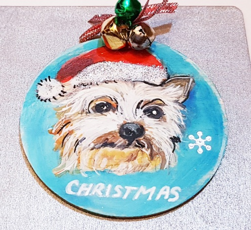 -hand-painted-bauble-pet-portrait-custome-gift-chrismastree-decorations-on-wood-dog