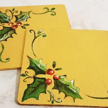 hand-painted-coaster-christmas-baubleleaves-gift-Swindon