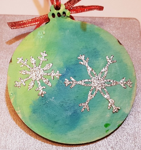 hand-painted--decorations-hand-painted-back--personalized-giftfor-Christmas-merrytow-stars-christmas